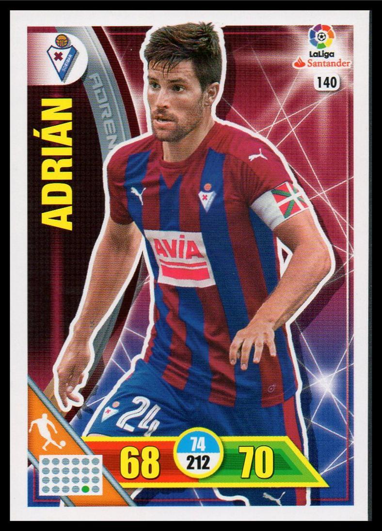 140 Panini 365 Adrenalyn XL 2017 Club Badge FC Barcelona No